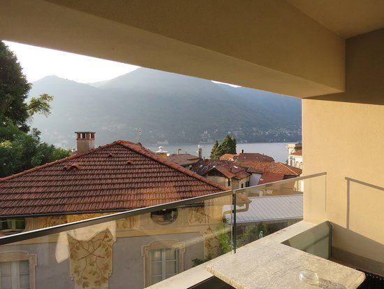 Grand Hotel Imperiale : Restricted view of lake from room balcony
