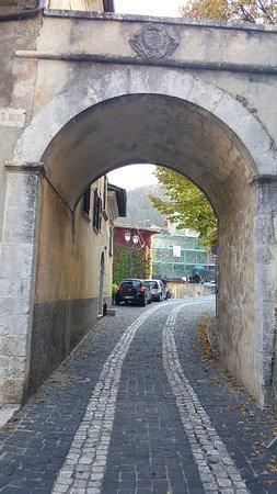Tagliacozzo, Włochy: 20181014_155701_large.jpg