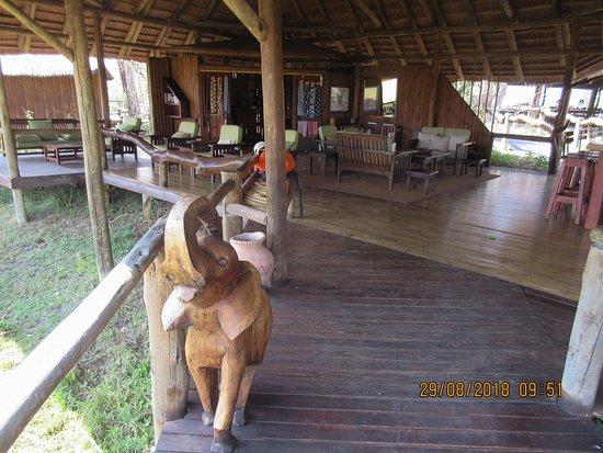 Kwando Concession NG14, Botswana: lounge area