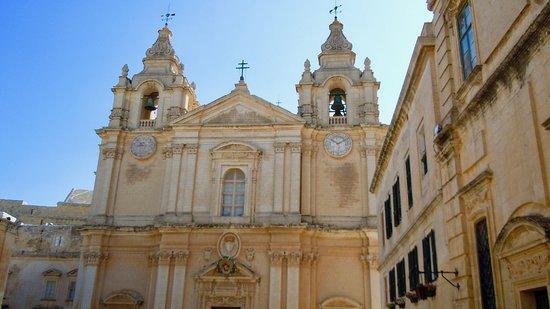 Mdina Old City: La iglesia