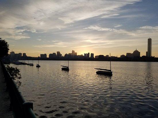 Charles River: 20181010_070710_large.jpg