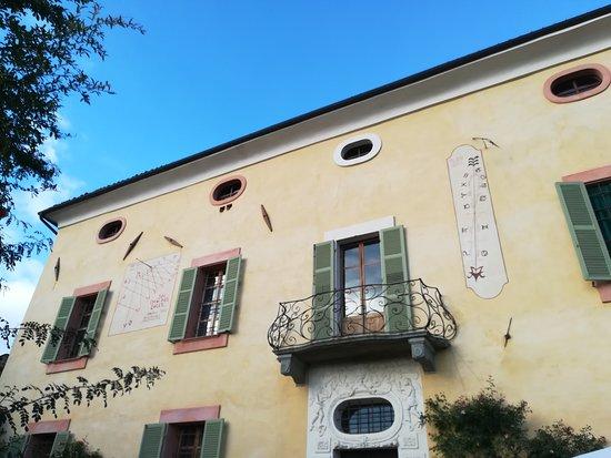 Strambinello, Italie : La facciata