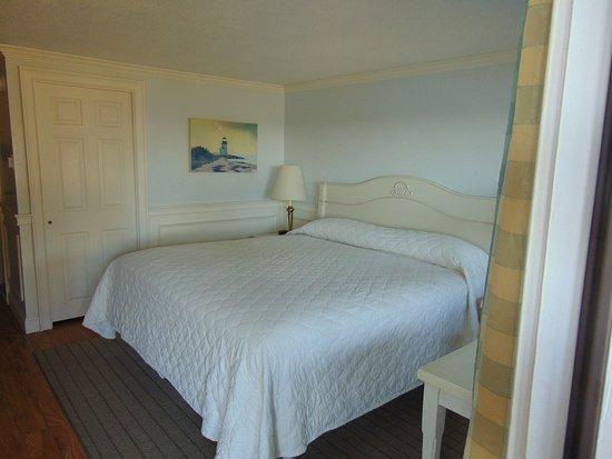 Cove Motel Picture