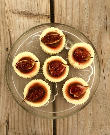Vine and Country Tours: Can't stop these little cheesecakes