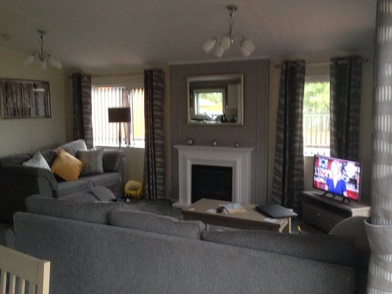 Alva, UK: living room