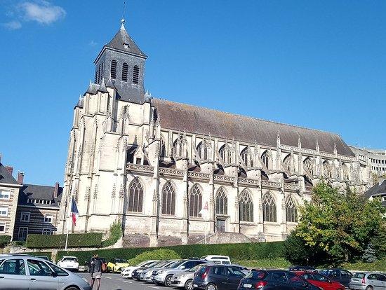 Église Saint-Jacques à Lisieux