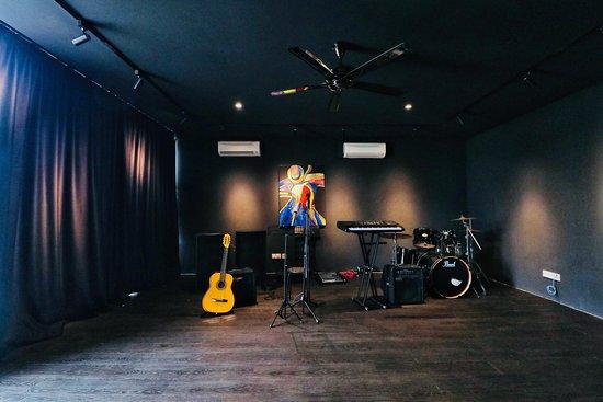 Artistar Music Academy