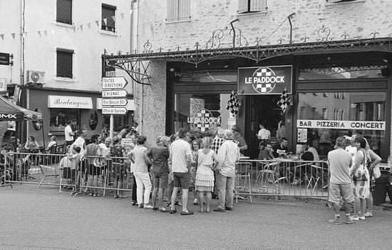 Rignac, França: Le Paddock Bar Pizzeria Concert