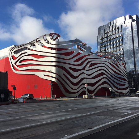 Petersen Automotive Museum: photo0.jpg