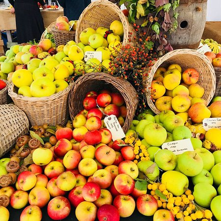 Parham House & Gardens: Apple Juicing Event