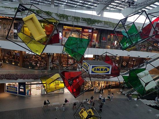 班纳大型购物中心