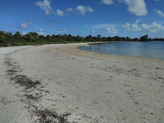 North Miami Beach, FL: beach