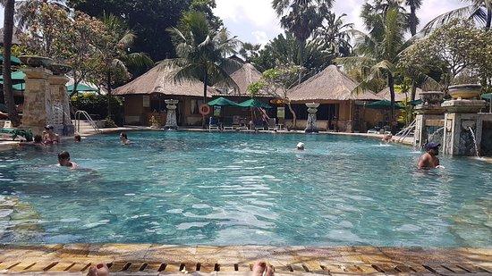Hotel Vila Lumbung : 20181010_133432_large.jpg