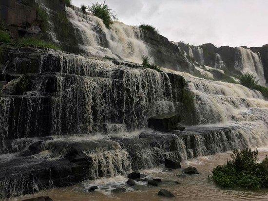 Pongour Falls: FB_IMG_1539654282125_large.jpg