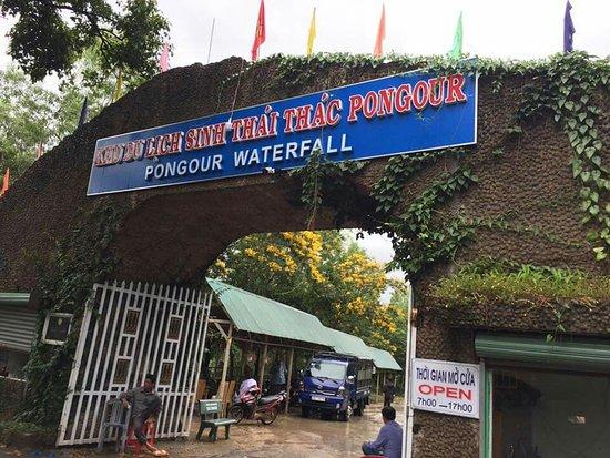 Pongour Falls: FB_IMG_1539654251757_large.jpg