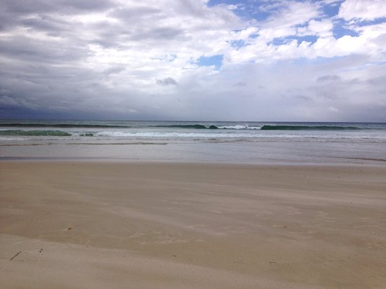 Tugun, Австралия: Tugan Beach on the shore.