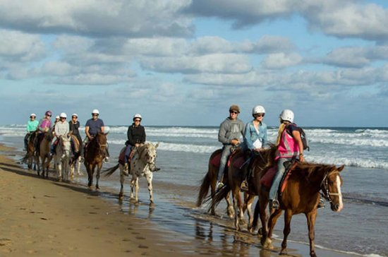 Cosmo Bali Ridning på Black Sand Beach...