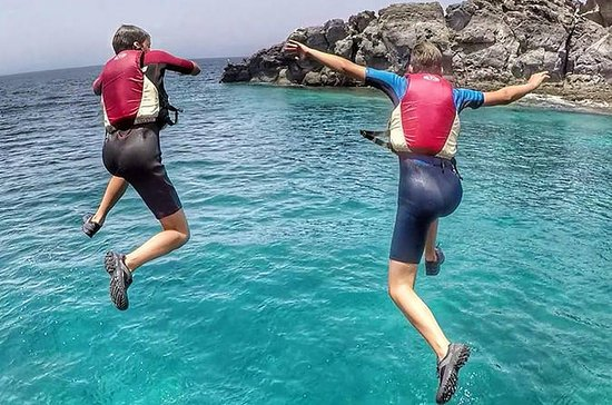 Coasteering and cliff jumping