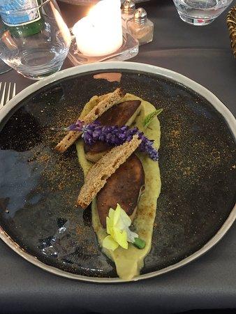 Aulnoy-lez-Valenciennes, Frankrike: foie gras compoté de rhubarbe-gigembre poudre de pain d epices
