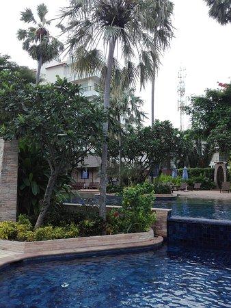 Pool - Jomtien Palm Beach Hotel & Resort Photo
