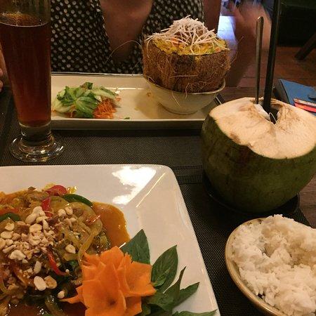 Organic Foods Restaurant: photo0.jpg