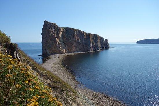 Percé, Canada: Blick vom Cap Mont Joli auf den Perce Rock