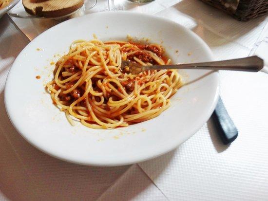 Montieri, Italy: Spaghetti al pomodoro. Piatto semplice ma sempre buono