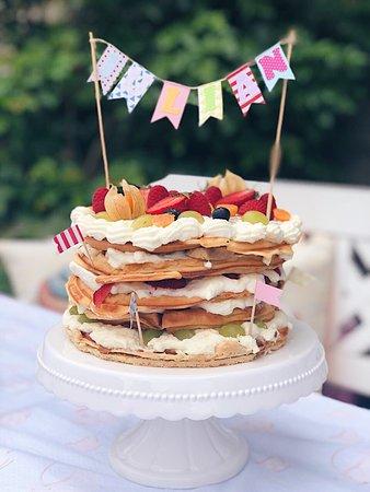 Himbeerbuttercreme Torte Picture Of Schlosspark Cafe Bad