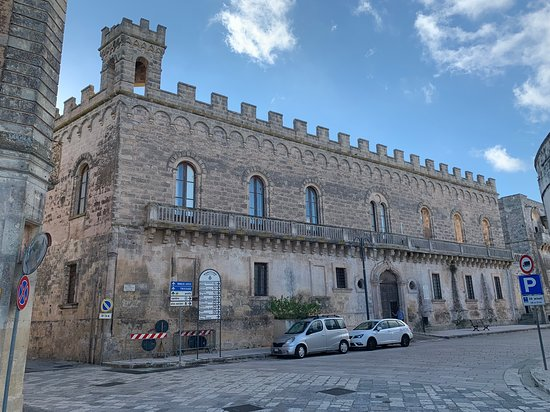 Marittima, Италия: Het gebouw