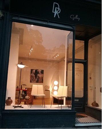 Brighton and Hove, UK: DR Design Renaissance Gallery / HOVE BRIGHTON