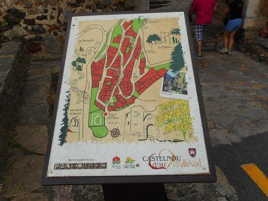 """Château de Castelnou """" Plan du Village """""""