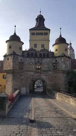 Weissenburg in Bayern, Germany: Ellinger Tor