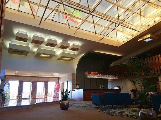Babolsar, Irã: Hotel lobby
