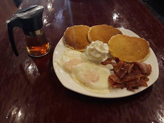 El Pinar de Campoverde, Ισπανία: pancake breakfast