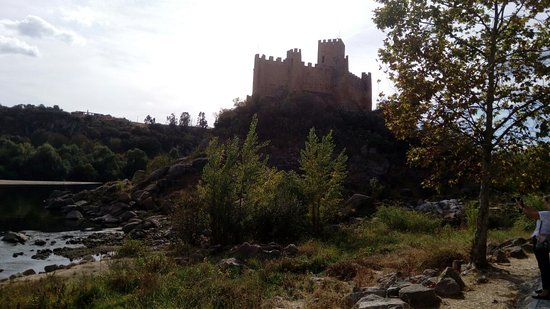 Castle of Almourol: IMG_20181013_153250_large.jpg