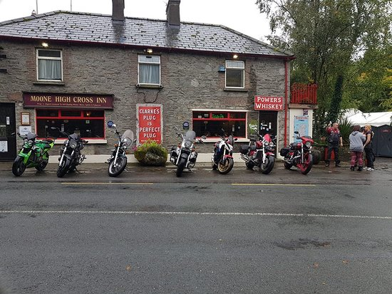 Castledermot, Irlanti: Motorbike event early in the day on Saturday