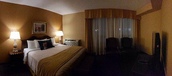 Interior - Monte Carlo Inn Vaughan Suites Image