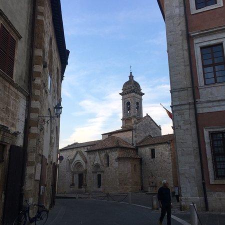 San Quirico d'Orcia: photo1.jpg