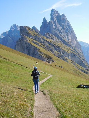 Walking towards Fermeda