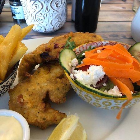 Dutton's Cove Restaurant Photo