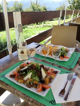 Evisa, France: A table !
