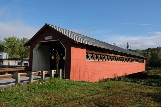 North Bennington, VT: Papermill Covered Bridge