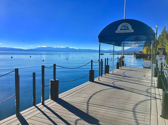 Sunnyside Restaurant and Lodge: Another Morning View Of Lake Tahoe from the Dock at Sunnyside