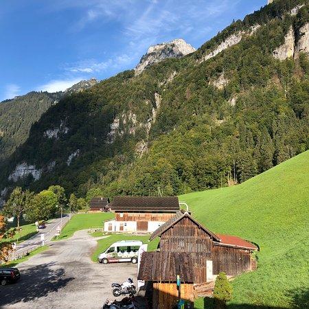 Klöntal, Suiza: photo1.jpg