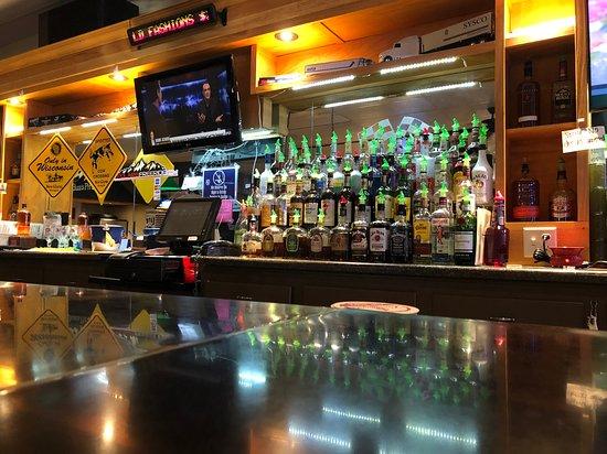 Mondovi, WI: Grab a seat at the bar!