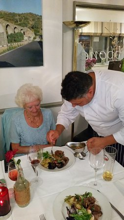Crondall, UK: Peppe personal service for my birthday