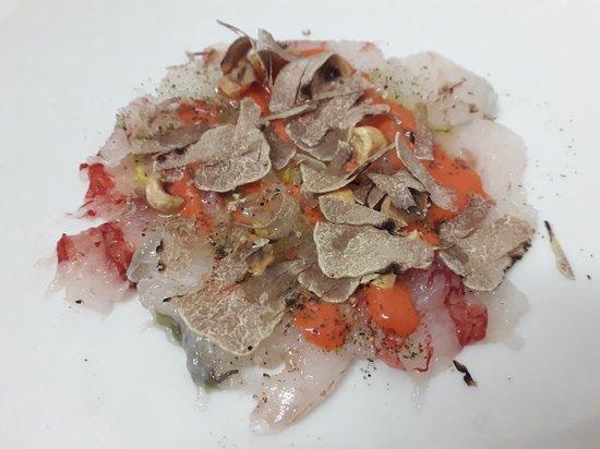 Ottavi Mare: Pesce e tartufo bianco......DIVINO