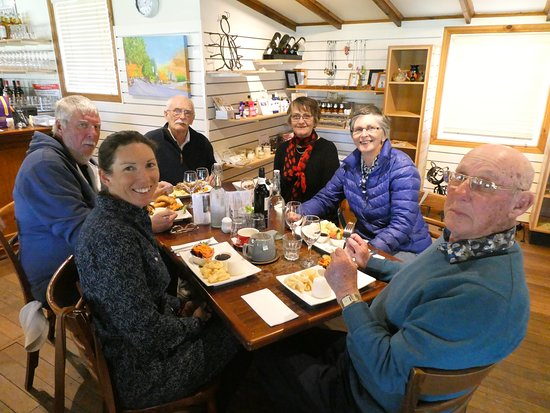 Swan Reach, Австралия: Lunch at South Australian Company Store at Angaston - Mardi front left