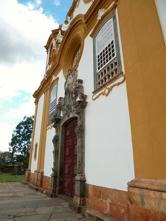 At the oldest and richest church of Tiradentes ...