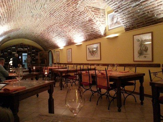 Conzano, Italy: La sala